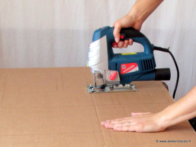Comment réaliser des découpes droites avec une scie sauteuse